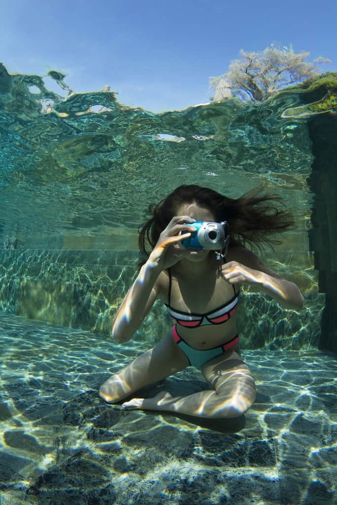 Taking photos under-water